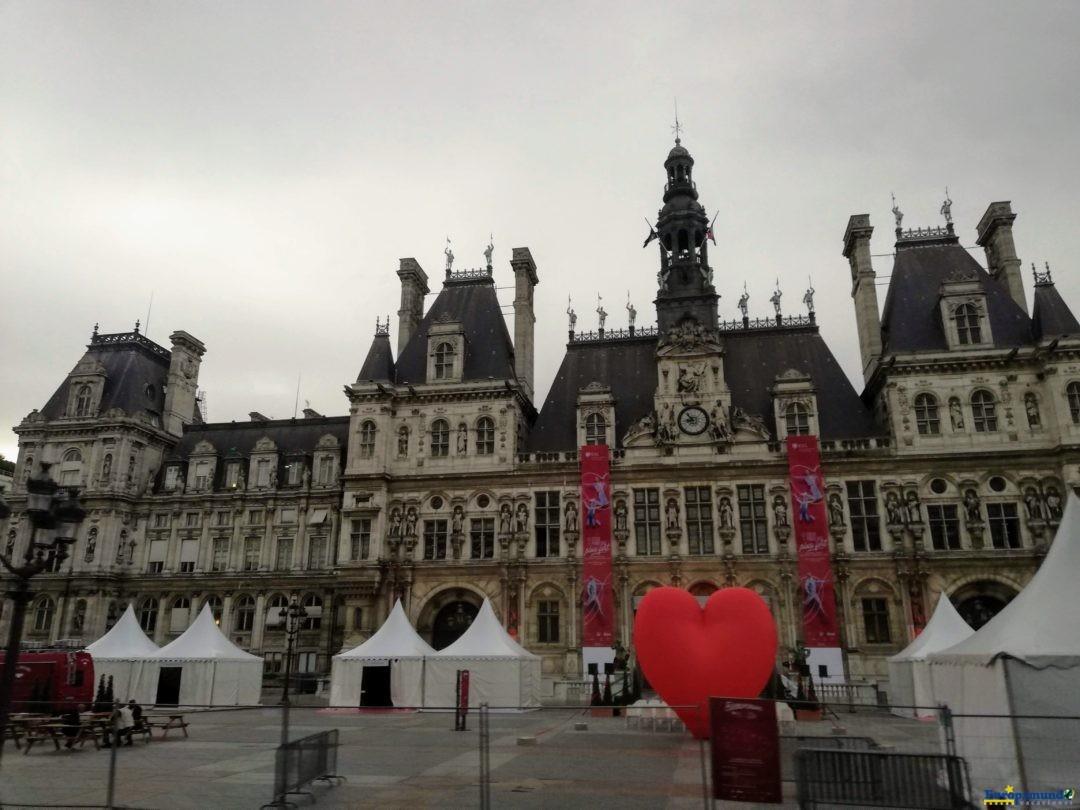 Courtyard of the Hôtel de Ville